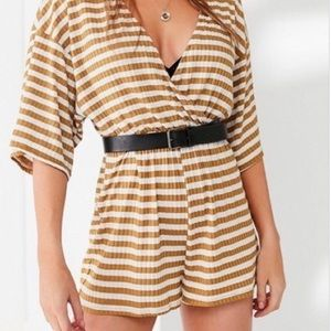 URBAN OUTFITTERS Romper Striped Mustard Maize XS